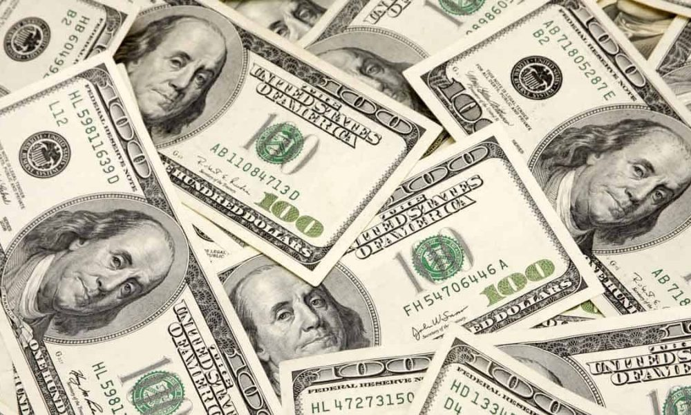 100 dollar bills cash money