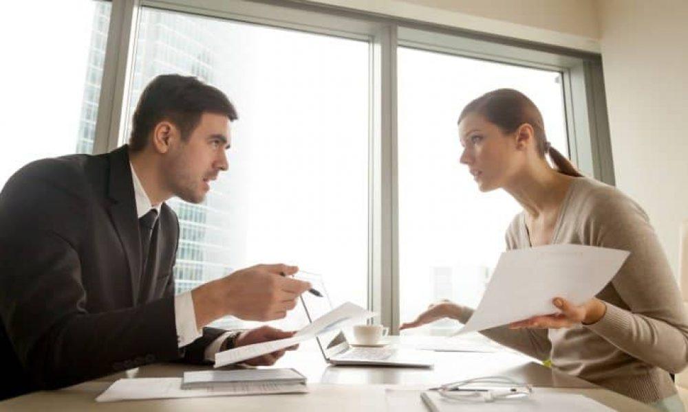 business_people_argue